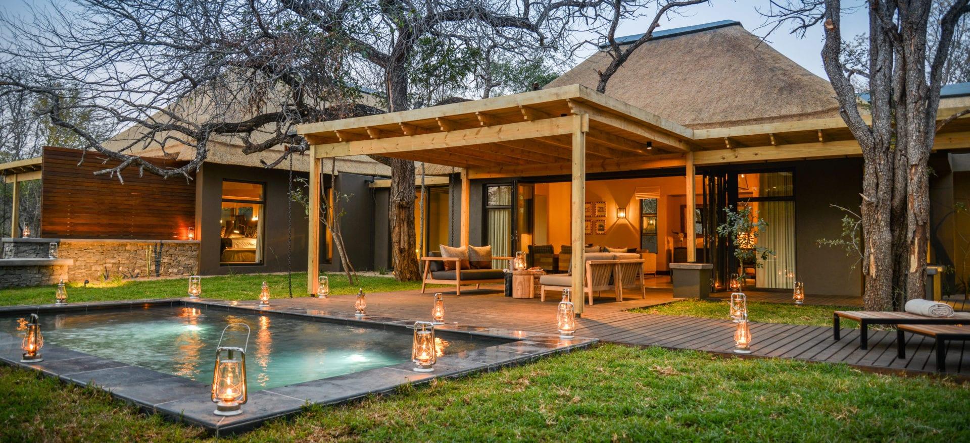 Lion Sands Tinga Lodge 3 Hi'nkweni Villa Exterior View